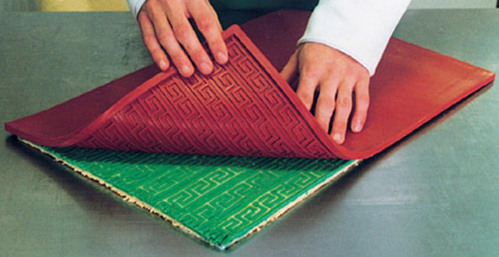 Использование бордюрного коврика для декора 4