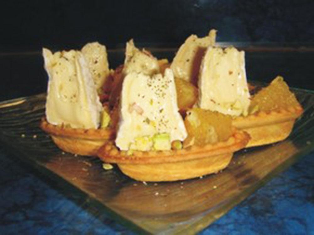 Тарталетки с закусками Лодочка