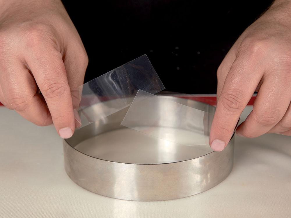 Бордюрная-лента-для-кондитерских-изделий-прозрачная-200м-h25-BB25_1