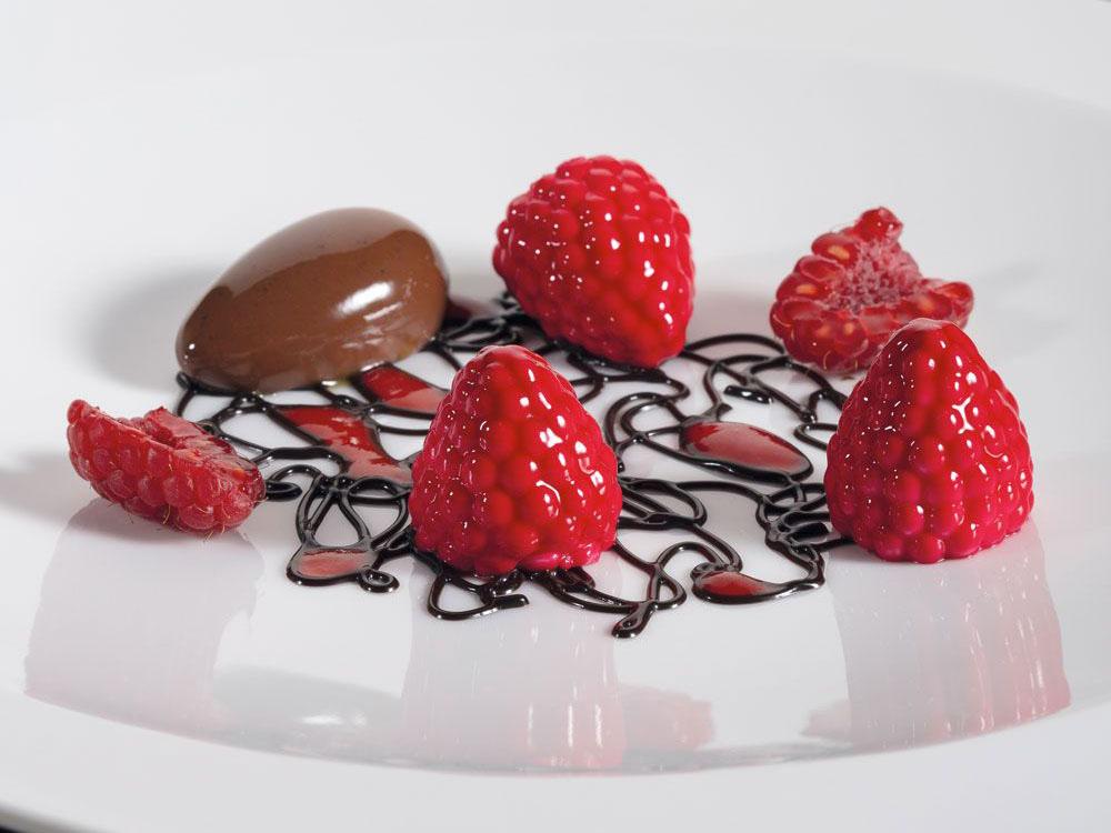 Форма силиконовая для десертов d24 h27 GG017 BERRY_1