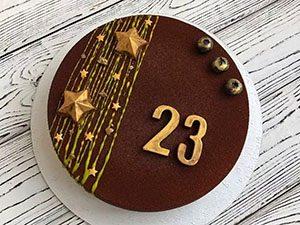 Торт в шоколадной глазури со звездами_новость