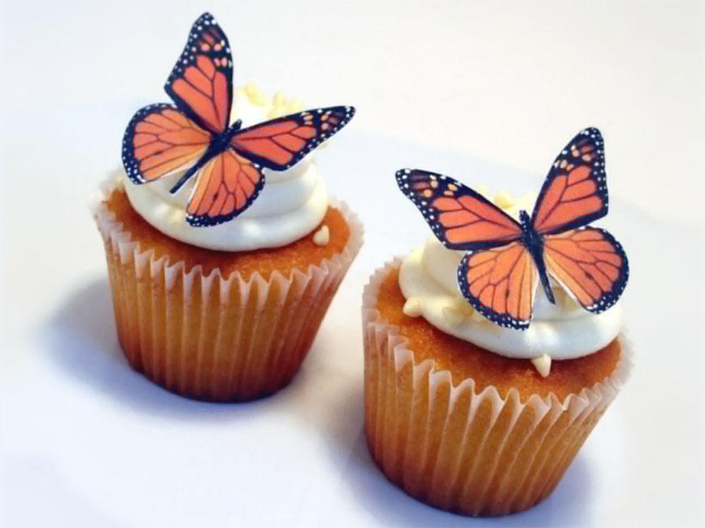 Кексы с вафельными украшениями Бабочки_2